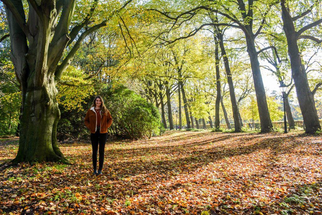 Renee in het bos 2